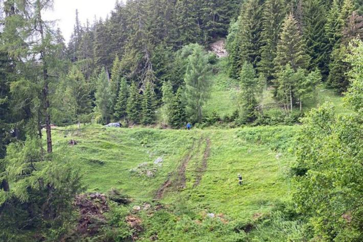 Verletzter bei Unfall mit landwirtschaftlichem Fahrzeug auf der Laxeralp