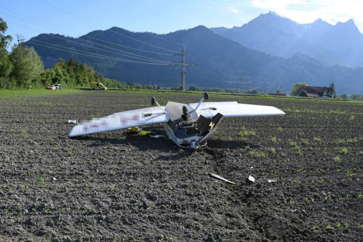 Kleinflugzeug bei Notlandung überschlagen bei Bad Ragaz