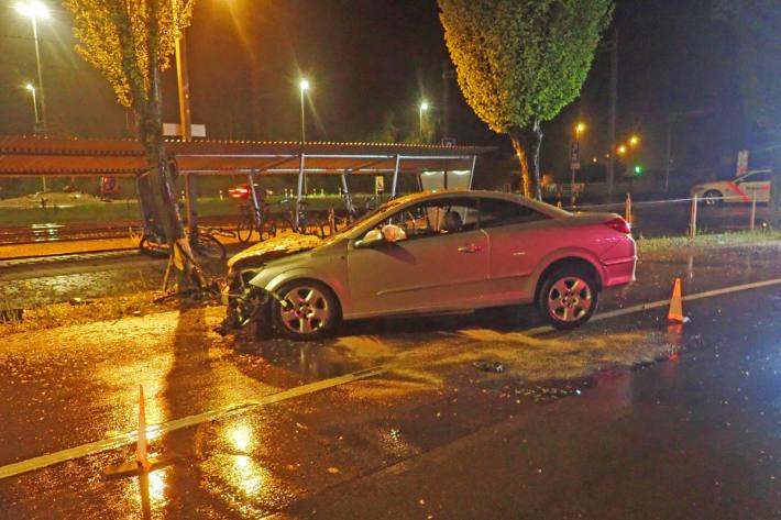 Fahrzeug nach Unfall in Märstetten