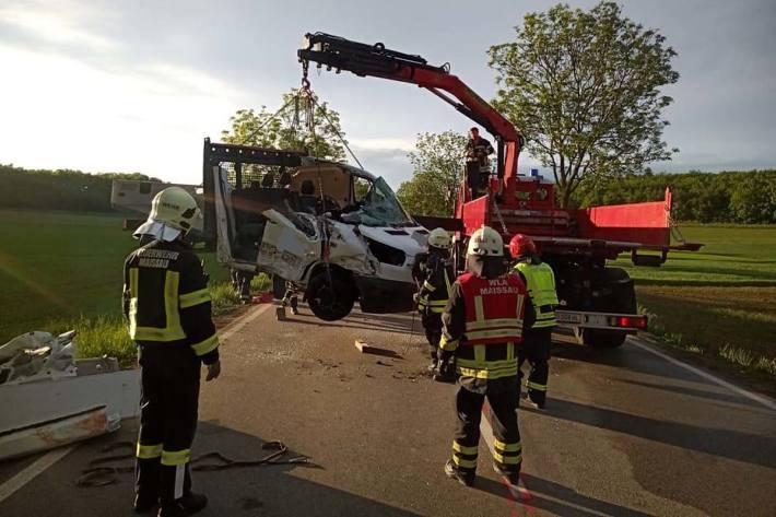 Aufgrund des Unfalles waren C2 und NAW im Einsatz