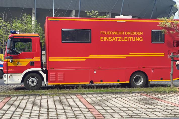 Einsatzleitung der Feuerwehr in Dresden