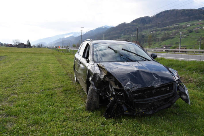 Unfallfahrzeug bei Flums