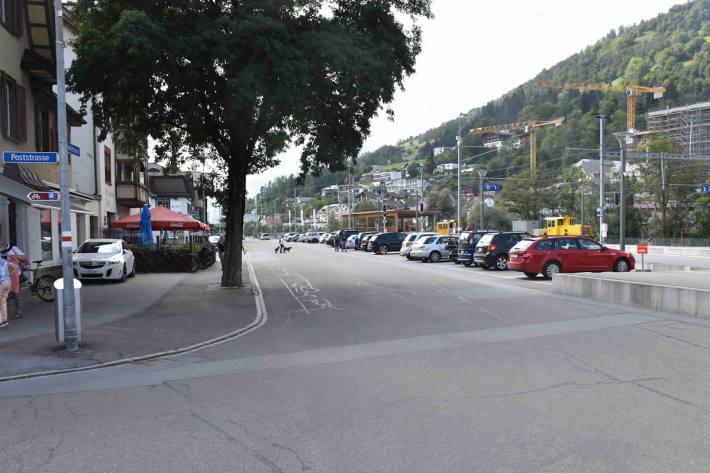 Fahrradfahrerin bei Sturz verletzt in Ilanz GR