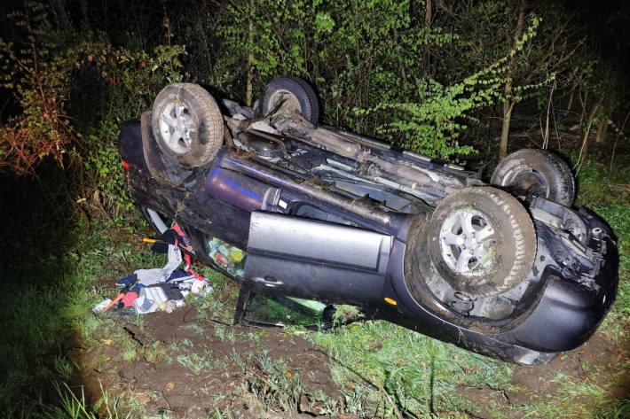 Fahrer nach Verkehrsunfall in Elmstein gesucht