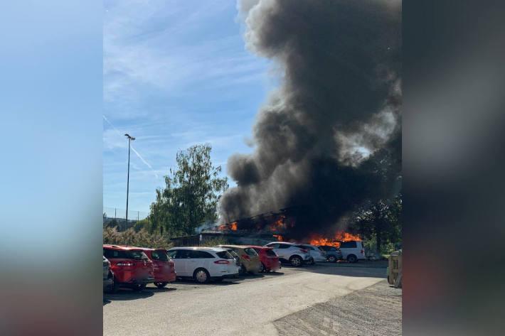 Schopf in Brand geraten in Sursee