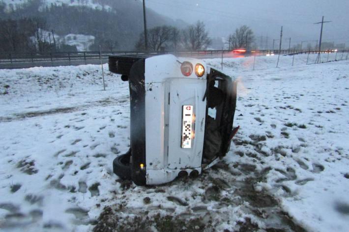 Verkehrsunfall auf der A3 bei Niederurnen