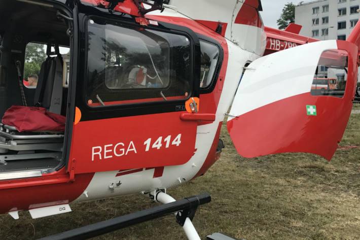 Nach einem Unfall in Arbon wurde eine E-Bike-Fahrerin von der Rega ins Spital gebracht (Symbolbild)