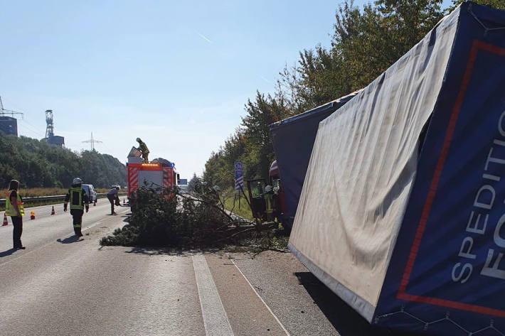Medizinischer Notfall führt zu Unfall auf der Autobahn A6
