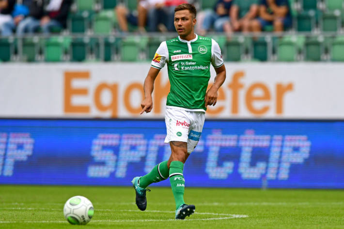 Alain Wiss verlängerte seinen Vertrag beim FCSG.