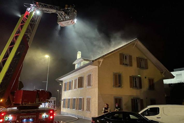 Brand in einem Wohnhaus in Marly