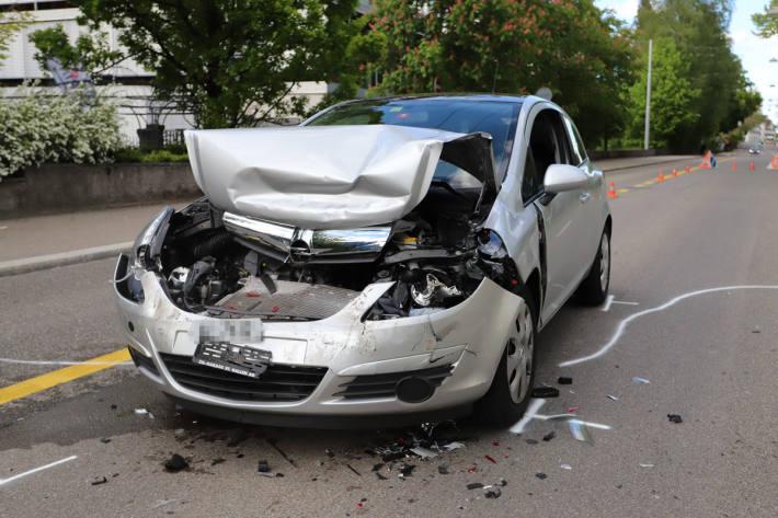 Ein Auto musste abgeschleppt werden