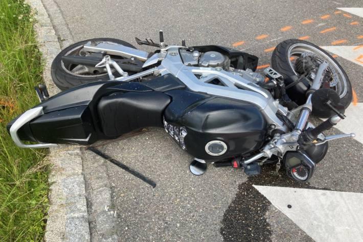Motorradfahrer verletzt sich nach Unfall in Münchwilen TG.