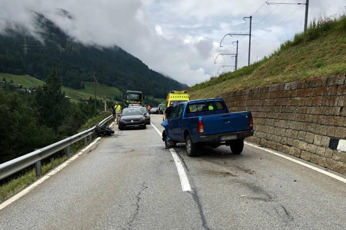 Schwere Frontalkollision in Niederwald.