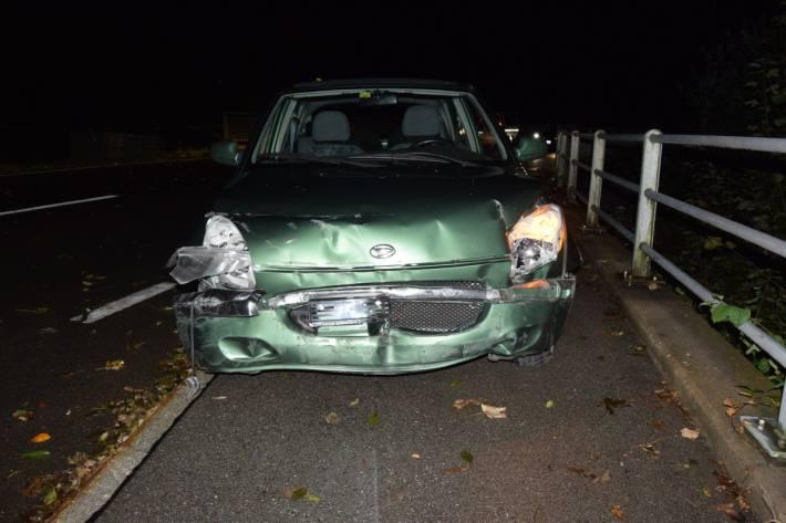 In Wolfhalden AR ist ein junger Fahrzeuglenker verunfallt.