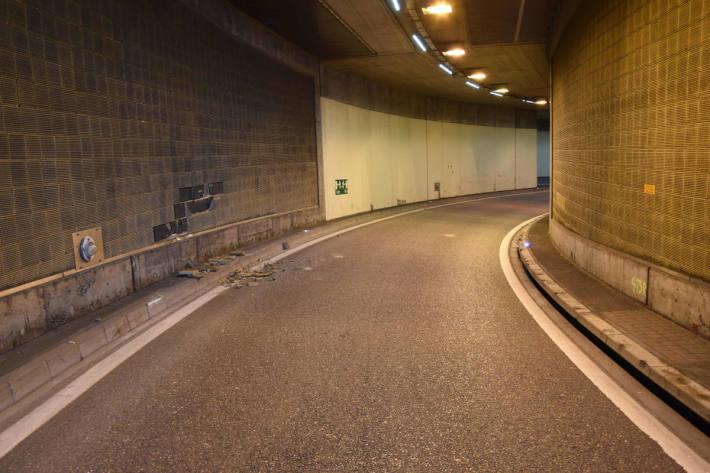 Unfall mit Motorrad im Schoren-Tunnel auf der A1 in St.Gallen