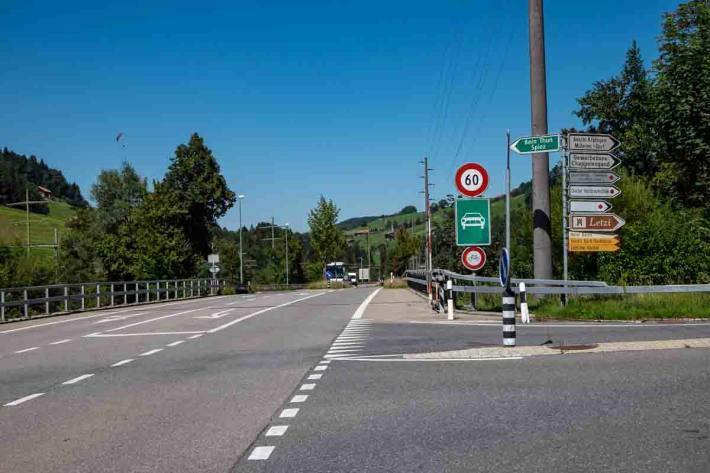 Umleitung auf die Kantonsstrasse in Mülenen
