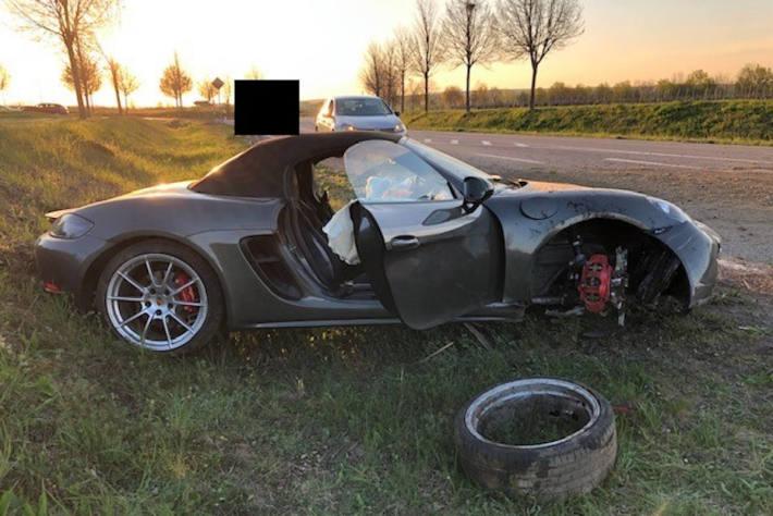 Verkehrsunfall mit hohem Sachschaden bei Hohen-Sülzen