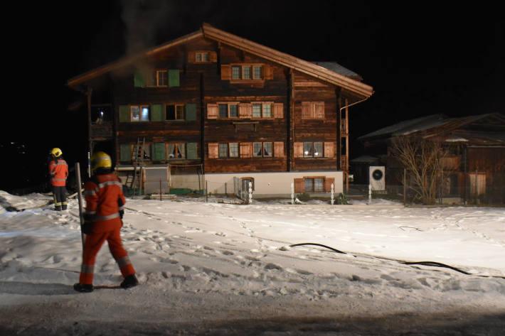 Feuer in einem Holzhaus in Saas ausgebrochen
