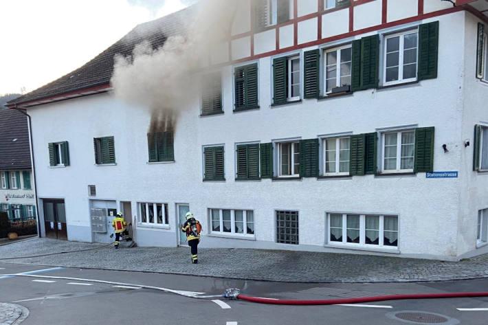 Brand eines Mehrfamilienhaus in Aadorf
