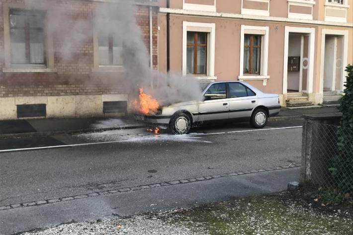 Das Auto brannte aus.
