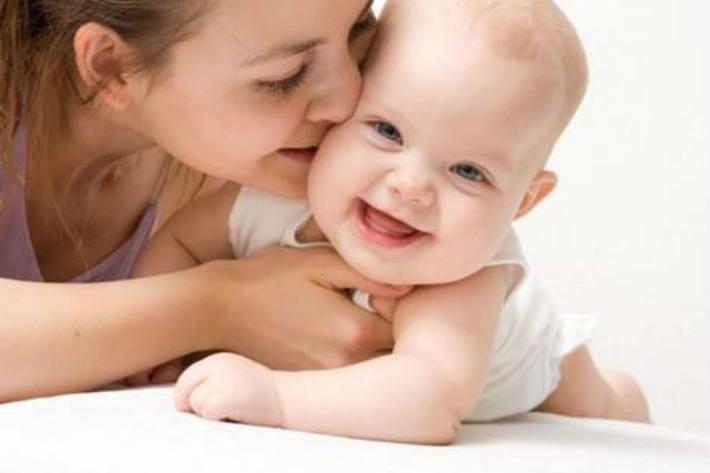 Ein Baby wurde in Einsiedeln abgebeben.
