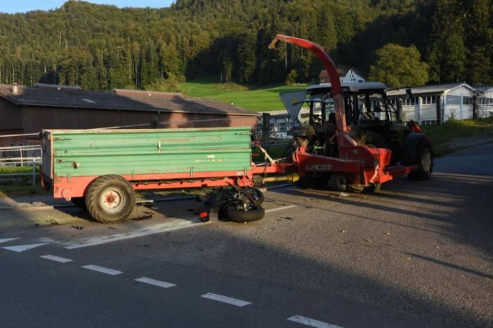 Der 18-jährige Motorradfahrer verletzte sich gestern beim Unfall in Oberrindal SG.