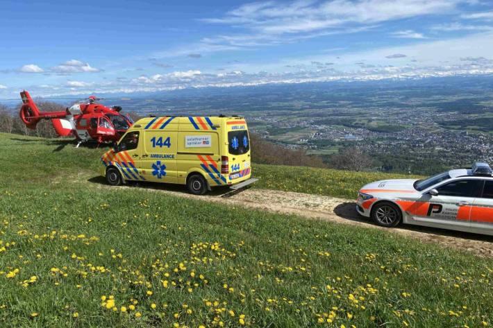 In Oberdorf SO ist gestern beim Weissenstein ein Gleitschirmpilot verunglückt.