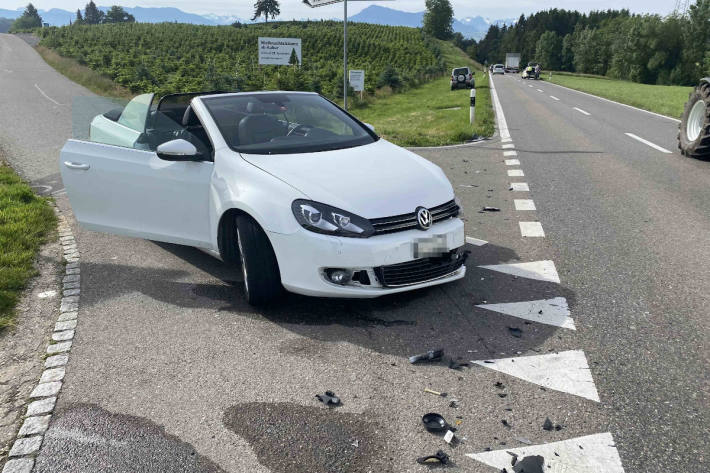 Endlage des Unfallfahrzeugs bei Sins AG