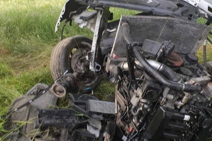 In Grimsing wurde der Motorblock des Fahrzeuges abgerissen