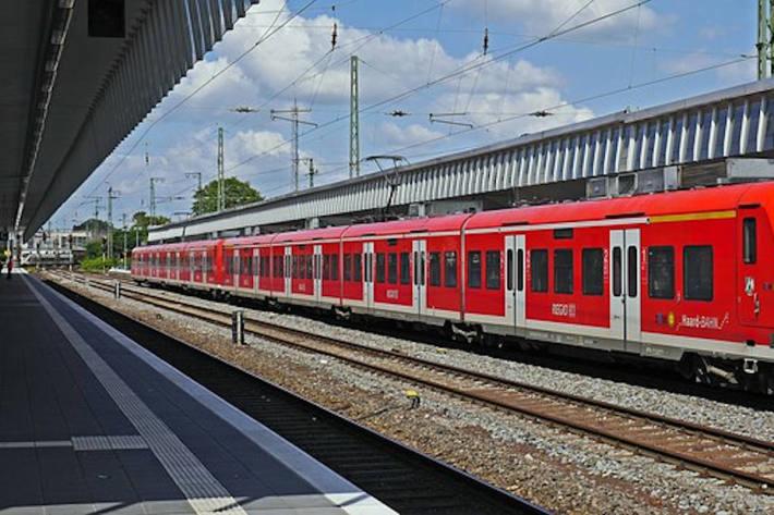Bahnhof - (Symbolbild)