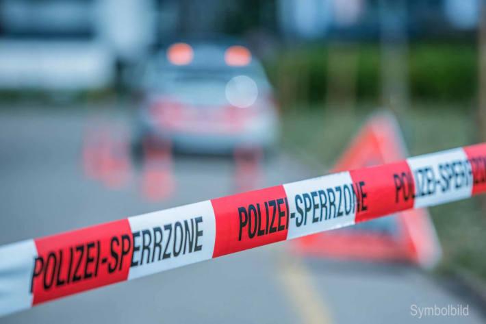 Symbolbild - Polizeiabsperrung