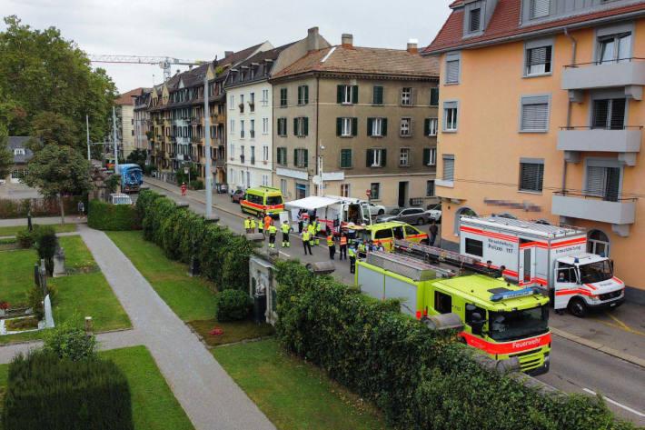 Evakuierung nach Gasaustritt in Mehrfamilienhaus