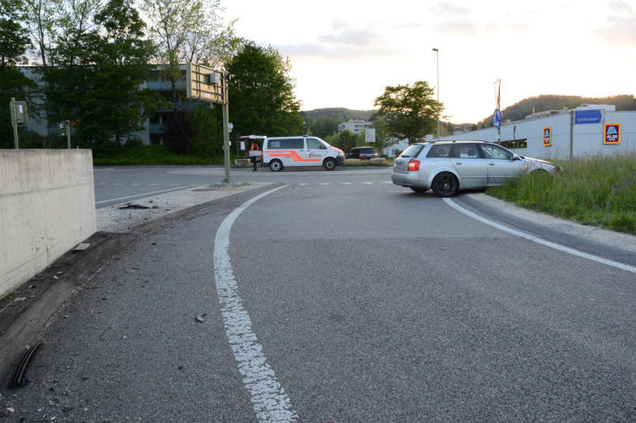 Der Autofahrer verlor die Kontrolle über das Fahrzeug.