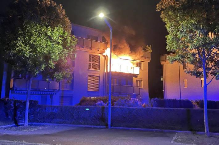 Erheblicher Sachschaden bei Balkonbrand in Winterthur