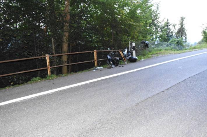 Rollerfahrer bei Kollision in Schmerikon SG schwer verletzt.