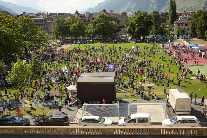 Kundgebung gegen Corona-Massnahmen mit rund 4000 Teilnehmenden