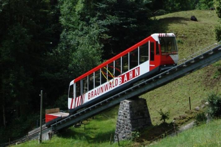 Die Braunwaldbahn fährt nur noch für Einheimische.