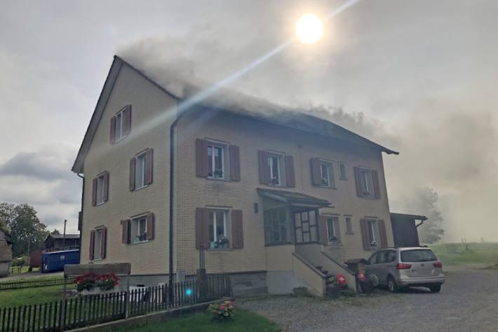 Gestern brannte es in einem Einfamilienhaus in Bätershausen TG.