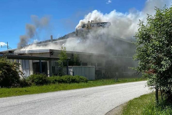 Industriebrand in Hönigsberg