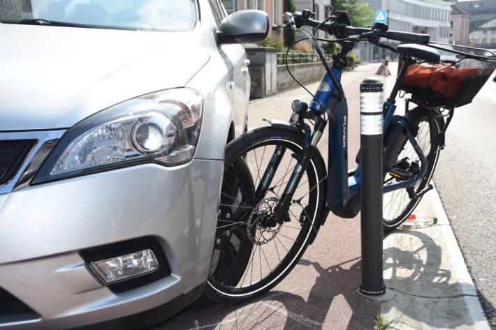 Lastwagenchauffeur verursacht in Wil Unfall mit E-Bike und fährt einfach weiter