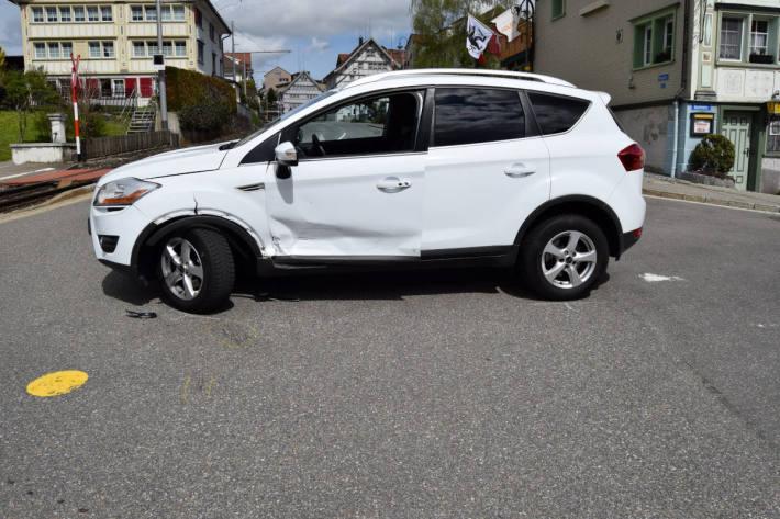 Unfallfahrzeug in Speicher