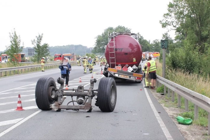 Gefahrenguttransporter verlor Hinterachse