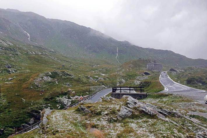 Die Situation in Graubünden. (Bild Splügenpass)