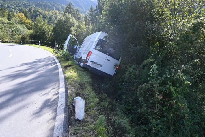 In Triesen FL kam es zu einem Unfall mit einem Lieferwagen.
