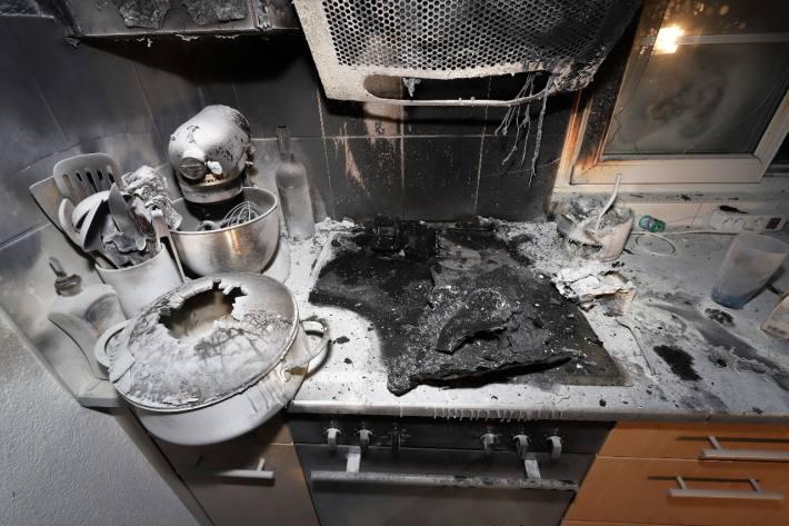 Oberurnen GL – Eine Pfanne mit Oel ging in Flammen auf