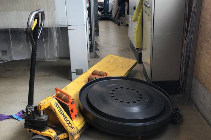 Arbeiter erleidet Fussverletzungen bei Unfall in Samedan