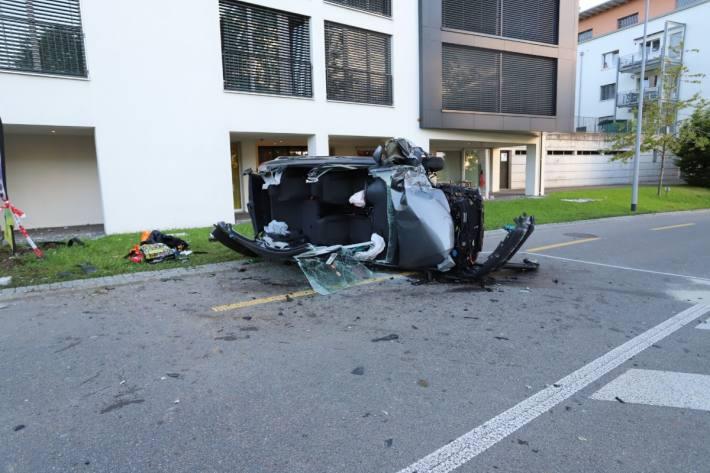 Heute morgen fand in St.Gallen ein heftiger Crash statt.