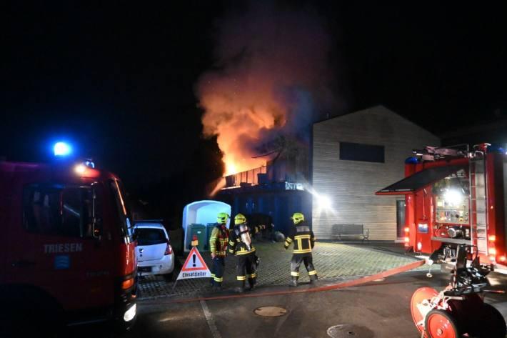Asche geriet in Triesen FL in Brand.