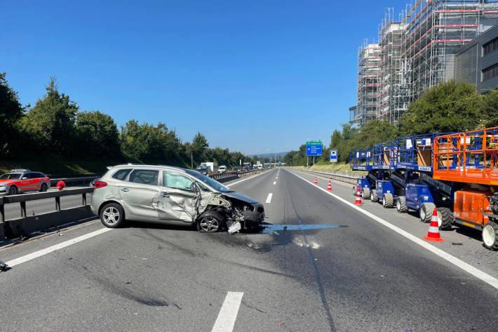 Autobahn A2 nach Unfall vorübergehend gesperrt