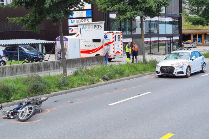 Frontalkollision zwischen Mofa und Audi in Chur